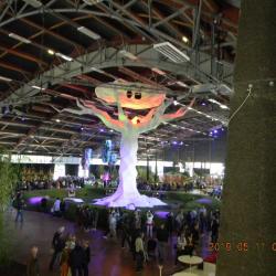 L'arbre en papier tendu